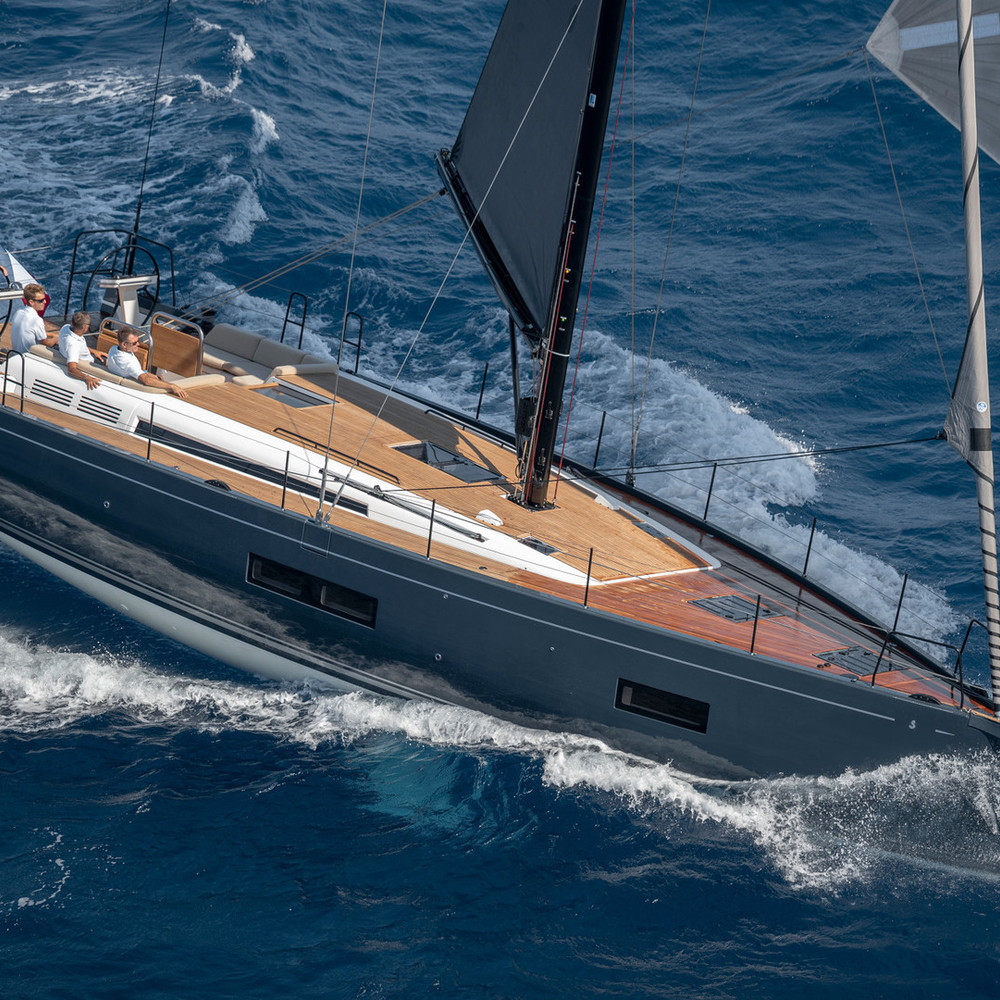 FIRST YACHT 53